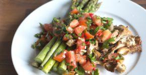 austernpilte und grüner spargel mit salsa