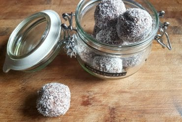 raw energy balls vegan