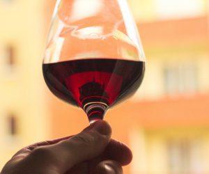 5 vegane Weine für den kleinen Geldbeutel