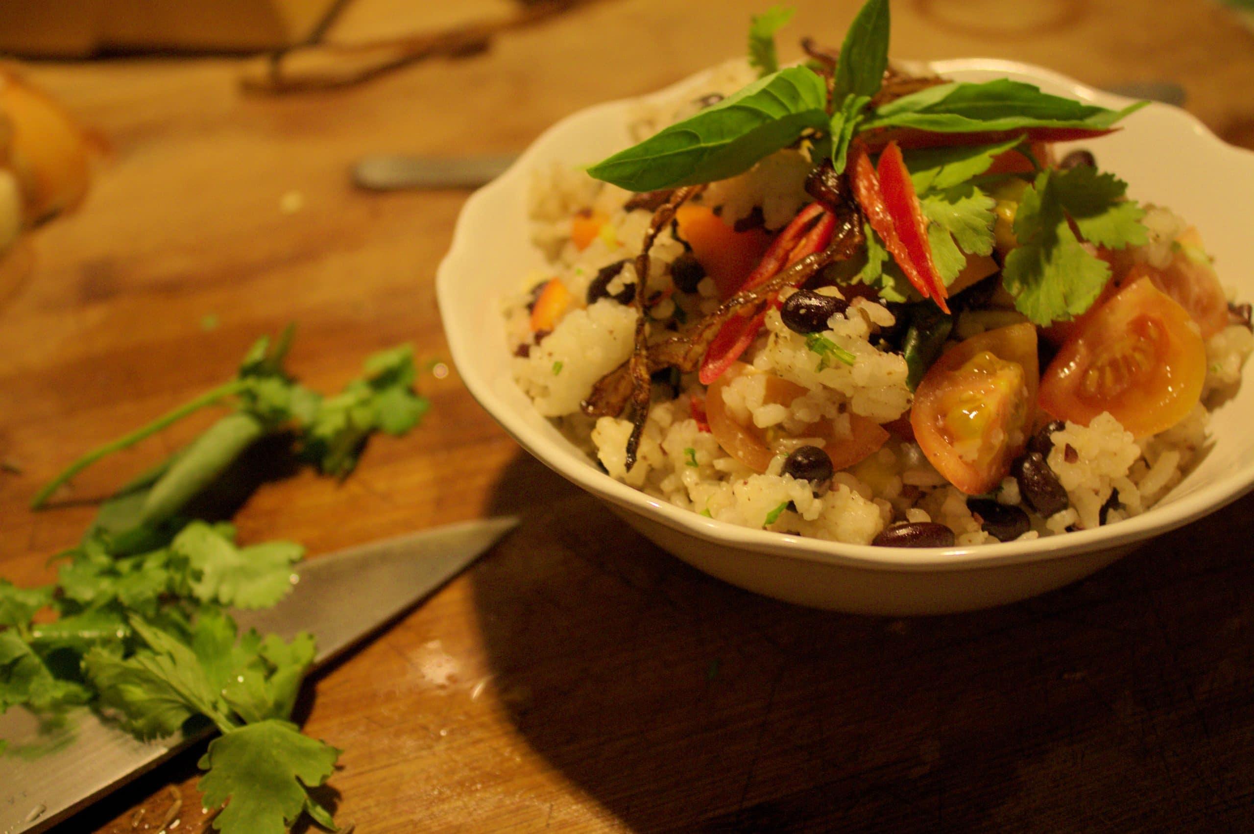 Schwarze Bohnen mit Reis