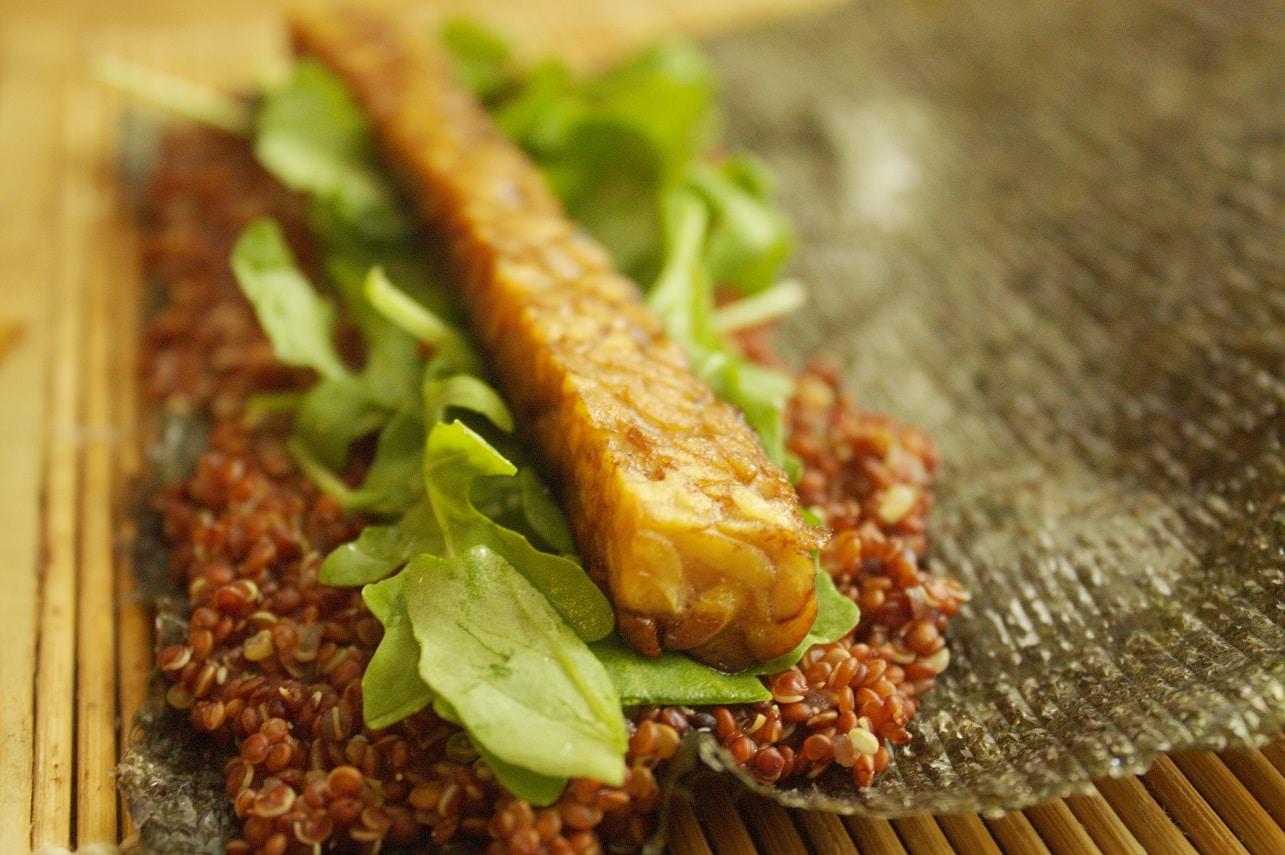 Tempeh und Quinoa