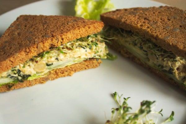 sandwich mit kichererbsen vegan