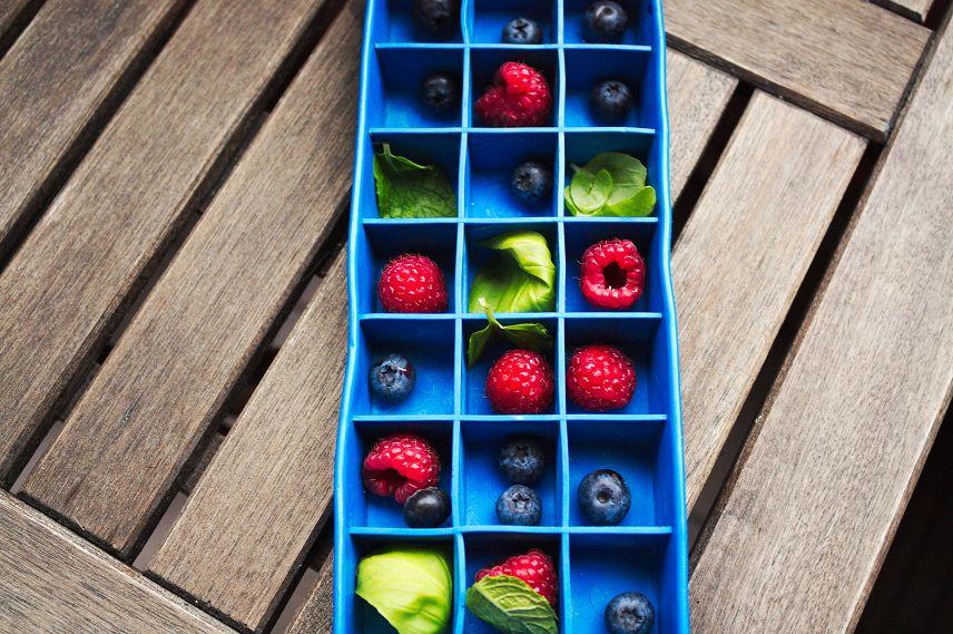 früchte als eiswürfel