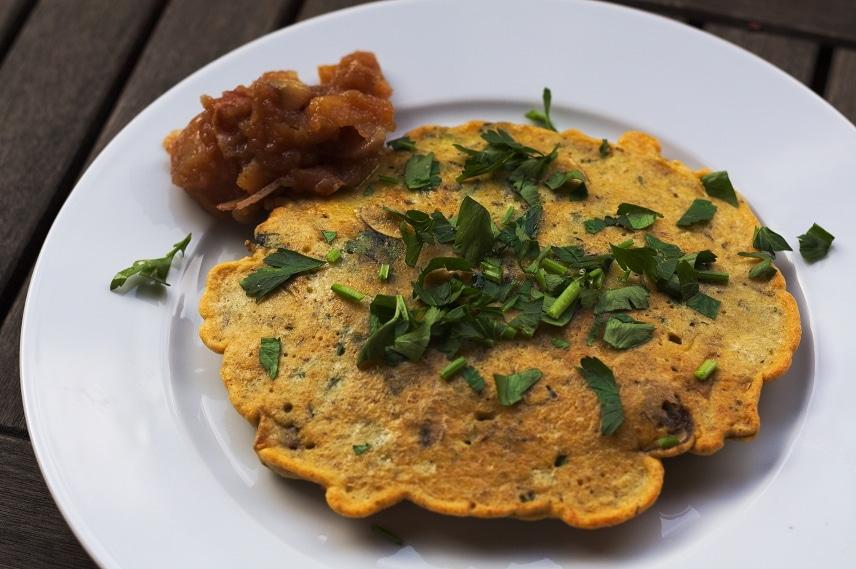 kichererbsen omelette mit pilzen