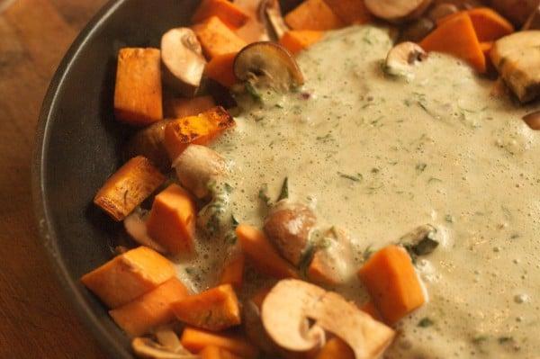 champignons und süßkartoffel mit bärlauchsoße