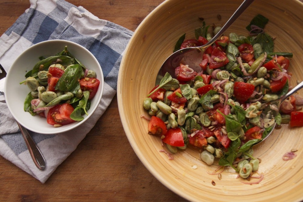veganer dicke bohnen salat mit tomaten