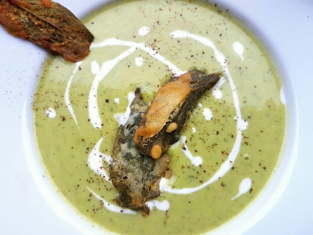 cremige zucchini suppe mit kokosmilch vegane rezepte. Black Bedroom Furniture Sets. Home Design Ideas