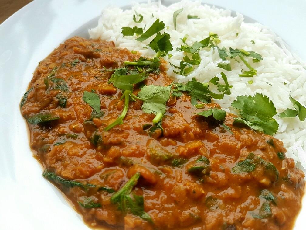 Spinat und Linsen Masala Curry vegan und glutenfrei