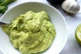 avocado knoblauch dip vegan & glutenfrei