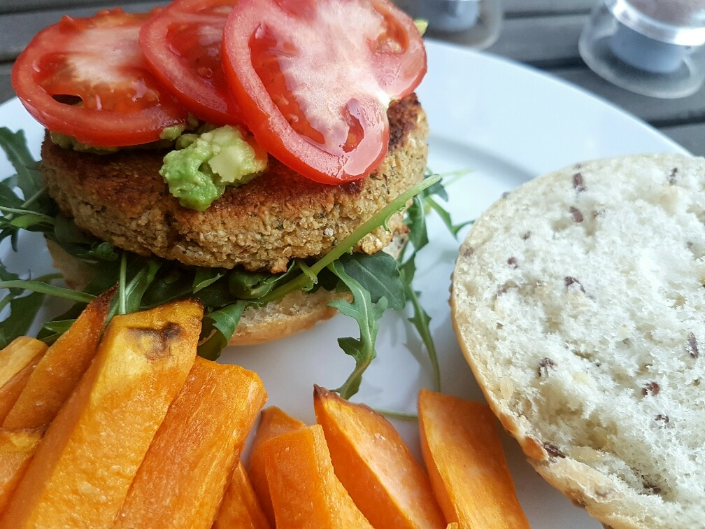 veganer falafel burger