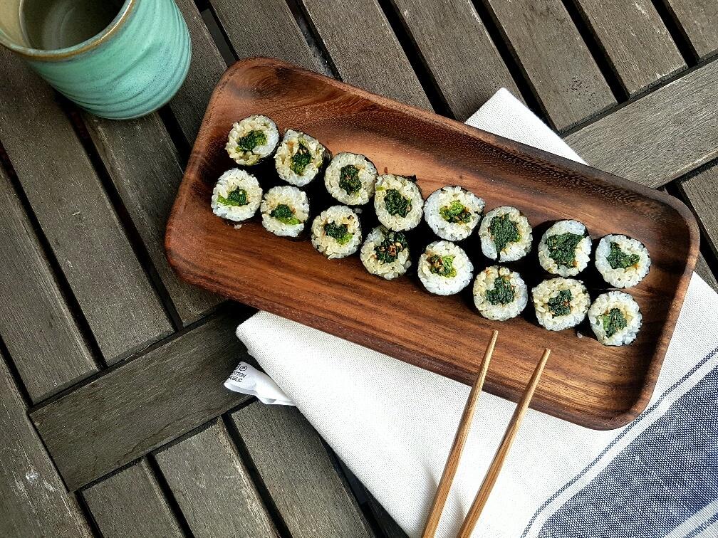 hoso maki sushi mit spinat vegan und glutenfrei