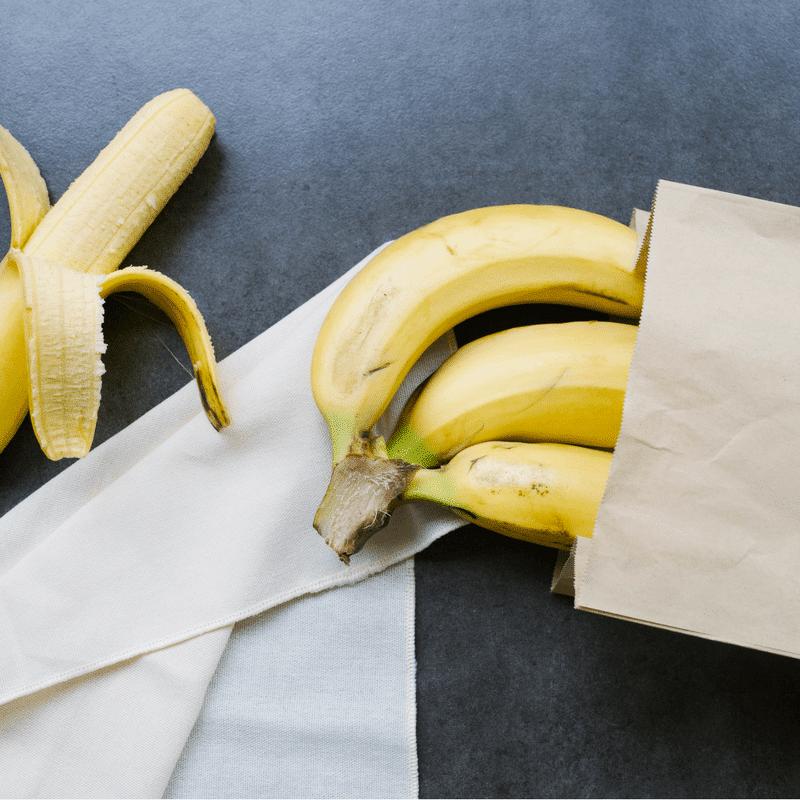 bananen gehören in die Tüte-min