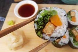 Sushi mit Tempeh und Rucola vegan & glutenfrei