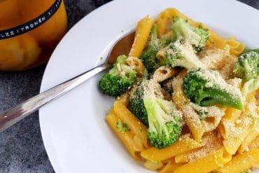 penne mit brokkoli und salzzitronen vegan