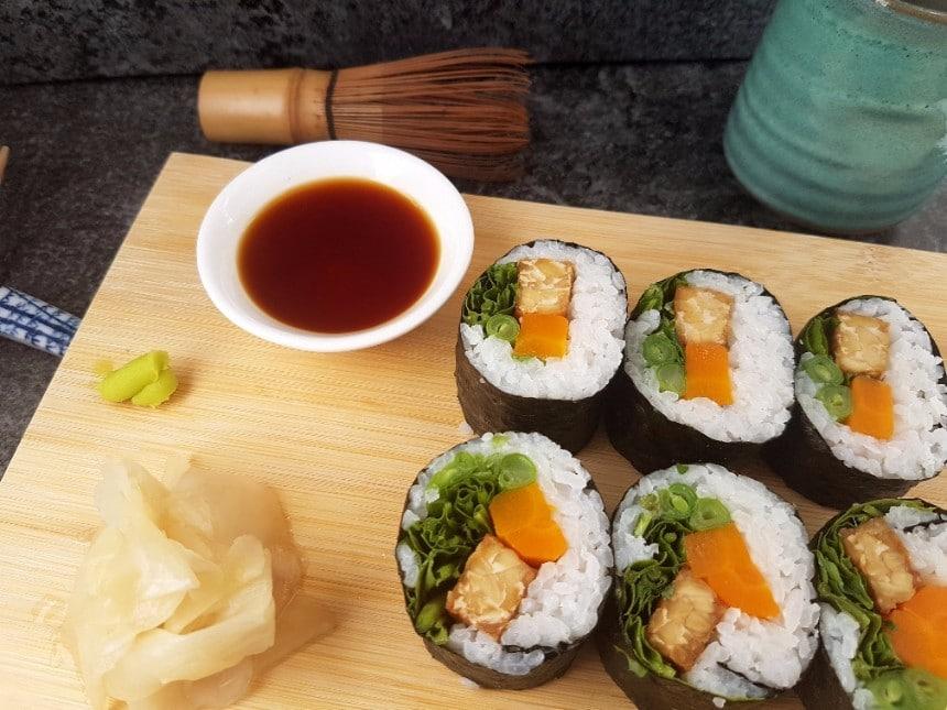 vegane Tempeh Sushi