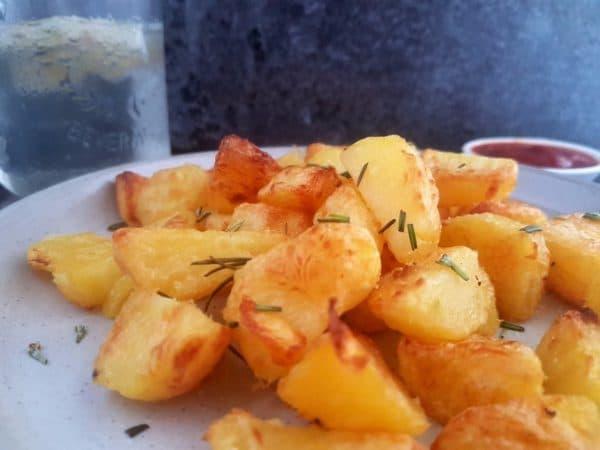 Knusprige Kartoffelecken aus gekochten Kartoffeln vegan selber machen