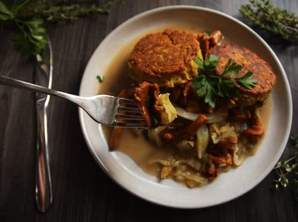 Kartoffelbratlinge mit Pfifferlingen vegan