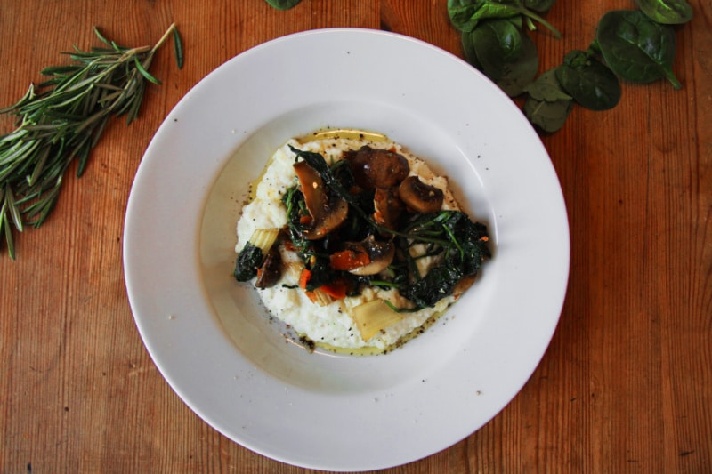 blumenkohlpüree mit spinat und pilzen vegan