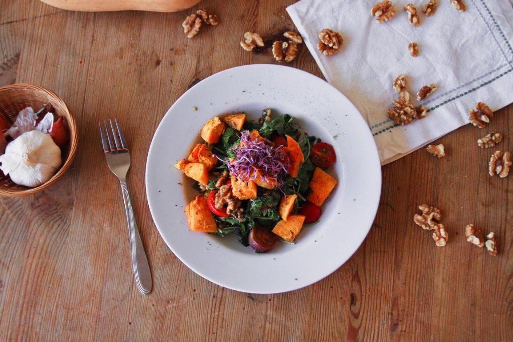 Salat mit Butternusskürbis glutenfrei
