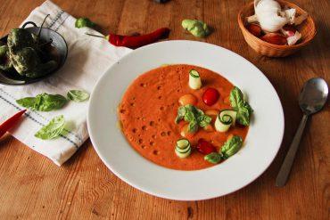 Einfache Gazpacho Suppe vegan