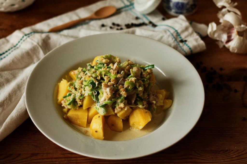 Lauchgemüse mit Kartoffeln und Sojahack vegan